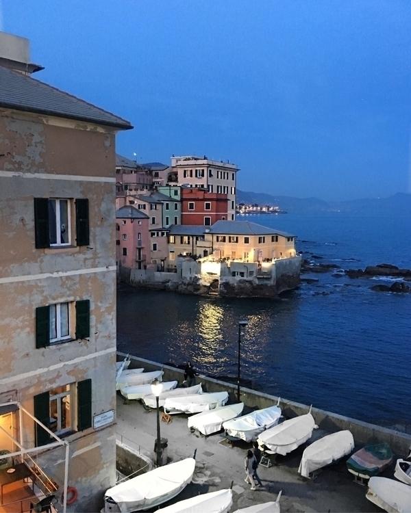 beauty Genova (Italy, :round_pu - iamiulius | ello