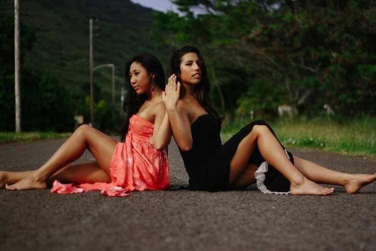 Jasmine + Shialah - chloenomura | ello