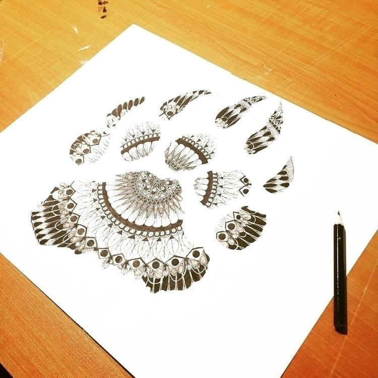 Bear - spiritanimal, mandala, design - leafmakers1 | ello