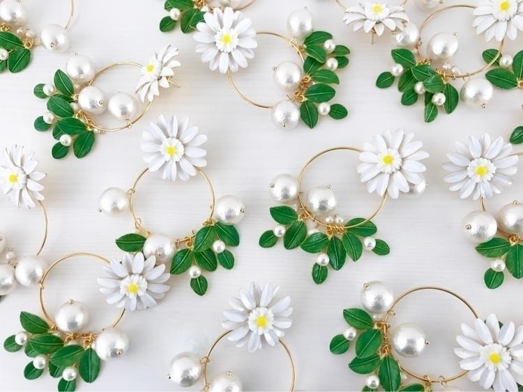 handmade accessory - etoilestar | ello