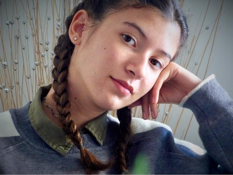 Alicia - helourie | ello