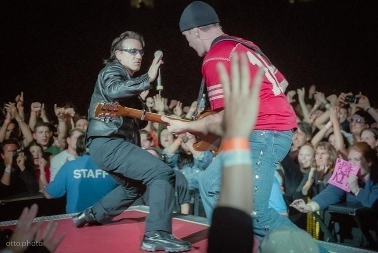 Bono + Edge / U2 Elevation Tour - ottok | ello