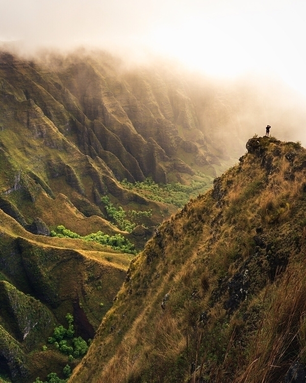 beauty Hawaii immense, weekend  - frankalexander | ello