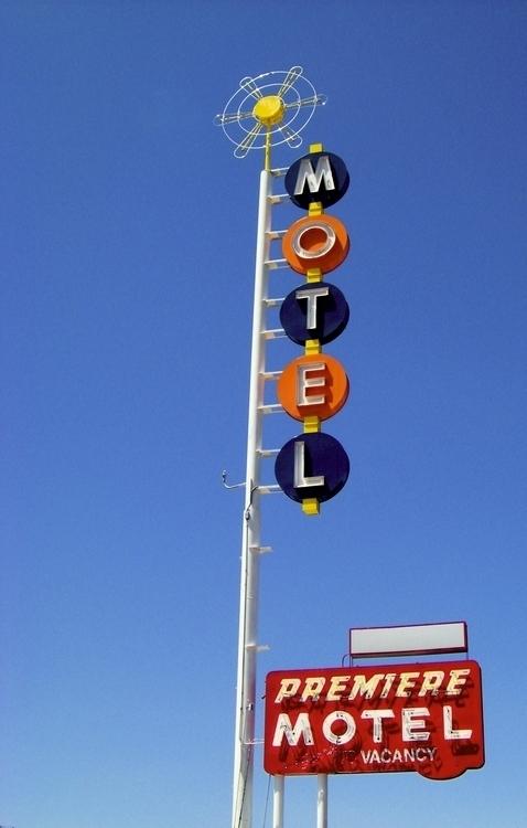 Premiere Motel – 3820 Central A - kohoso | ello