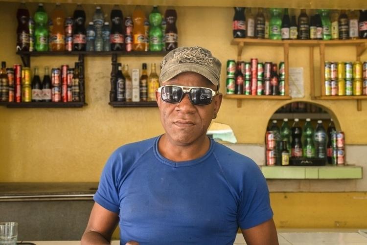 Bartender Havana, Cuba - giseleduprez | ello