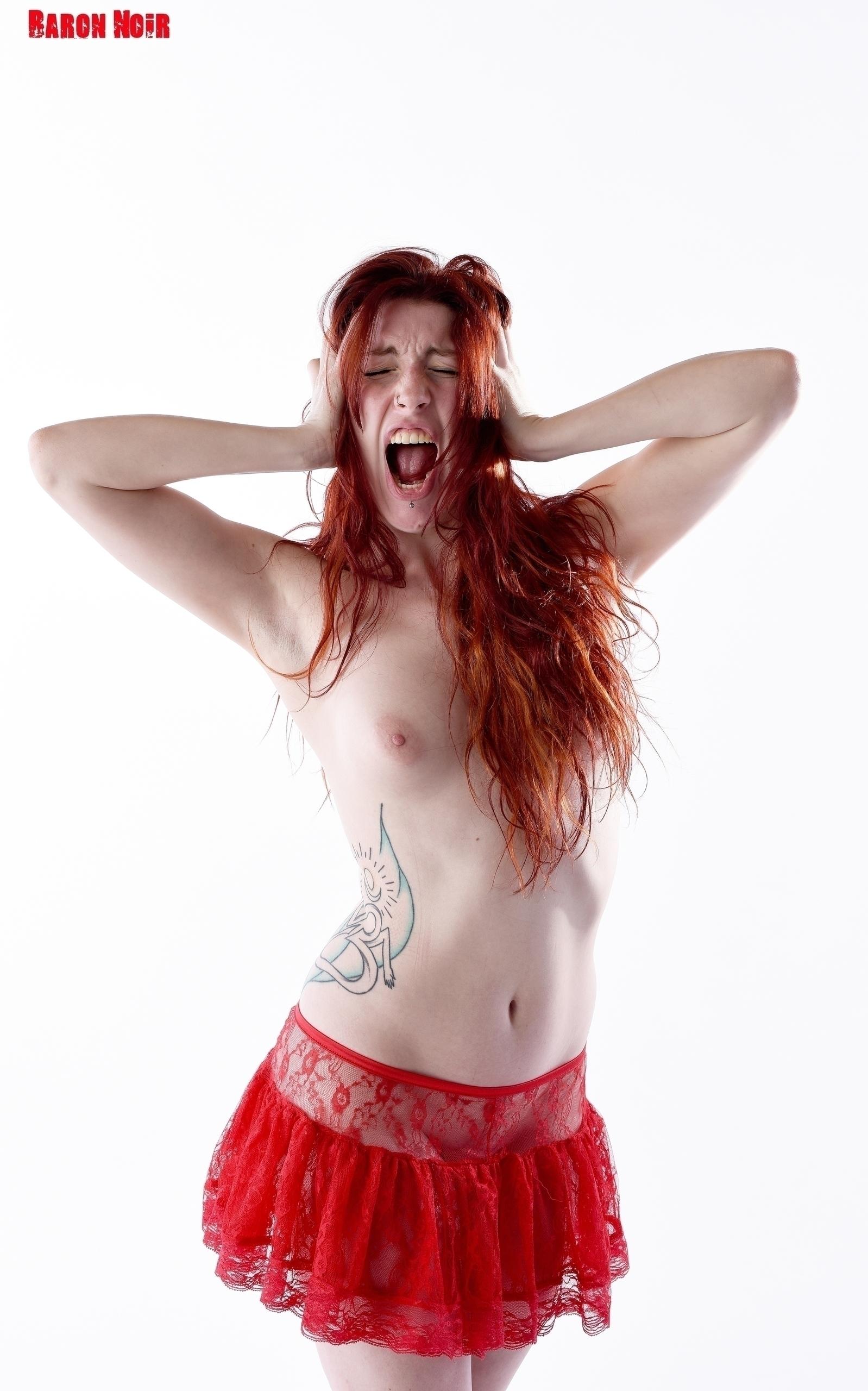 resist, Nude, NSFW, Hot, Sexy - baron-noir   ello