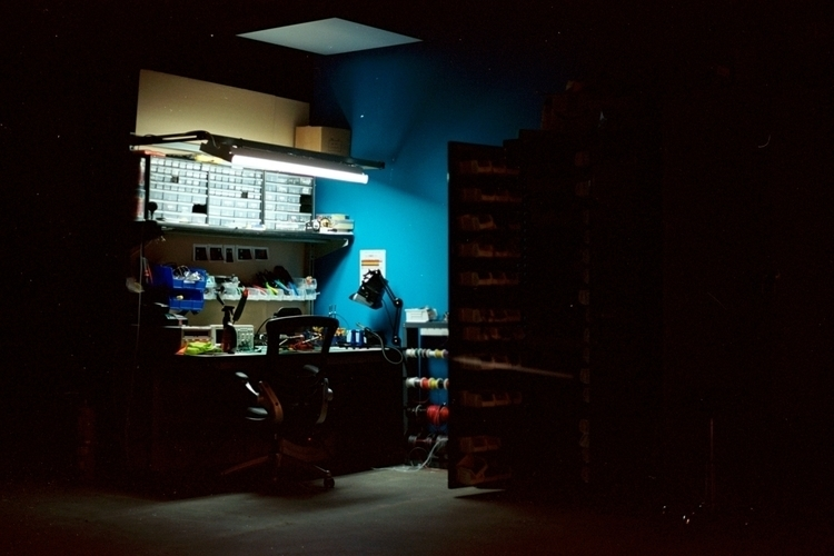 Spotlight electrical - 35mm, film - _naz | ello