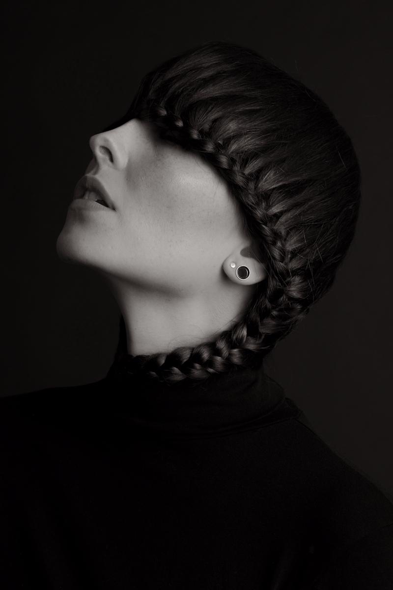 Photographer:Tony Schuller Hai - darkbeautymag | ello