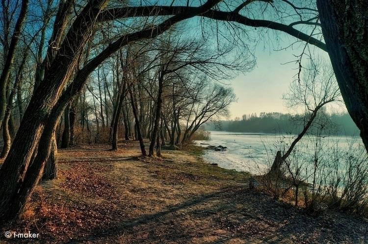Snowless Landscape | Flickr - river - t-maker | ello