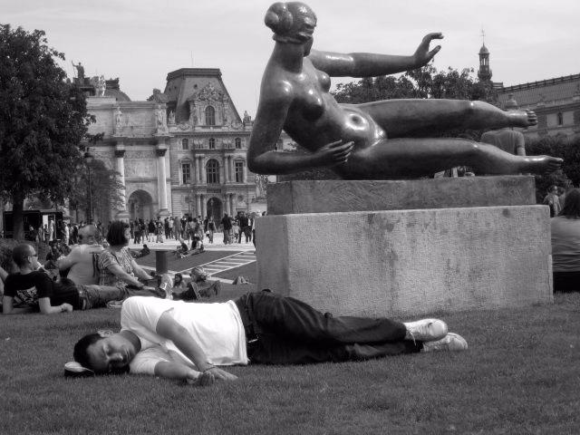 Adam Eve. Snapshot Paris - atlantul | ello