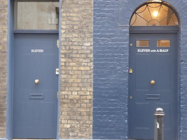 11.5 ellonew - photography, doors - julesdelphi | ello
