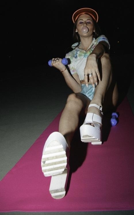 girls lift - fashion, wildfox, model - max_pollak43 | ello