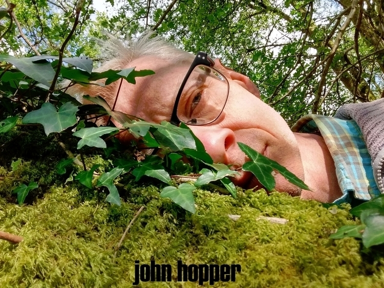 ***SHROUDED STRANGER VOID - artphotography - johnhopper | ello
