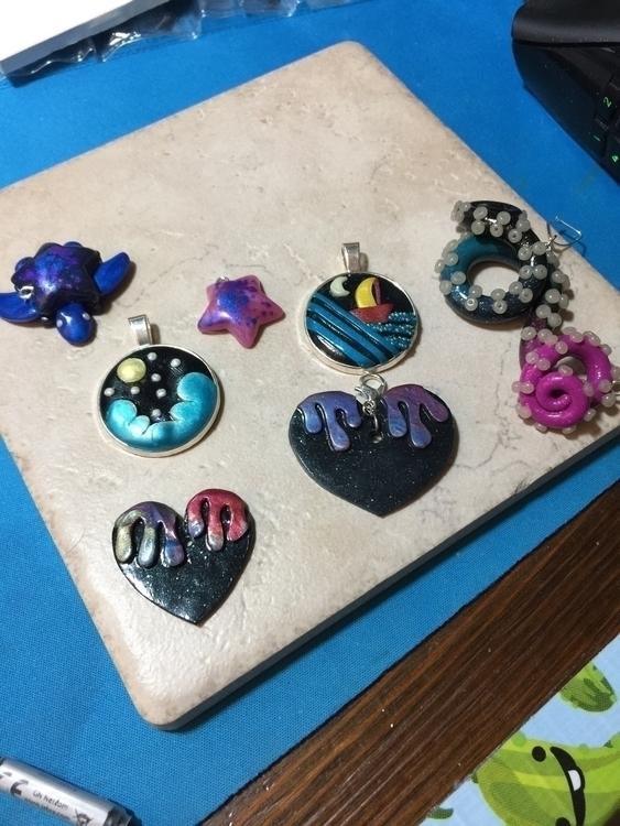 items working shop - clay, etsy - badwolfcraftables   ello