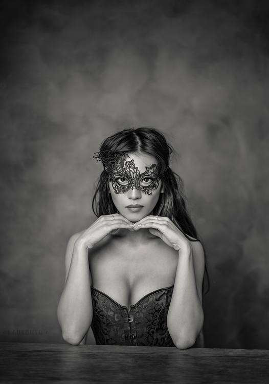 Photographer: Laurent Guerin Mo - darkbeautymag | ello