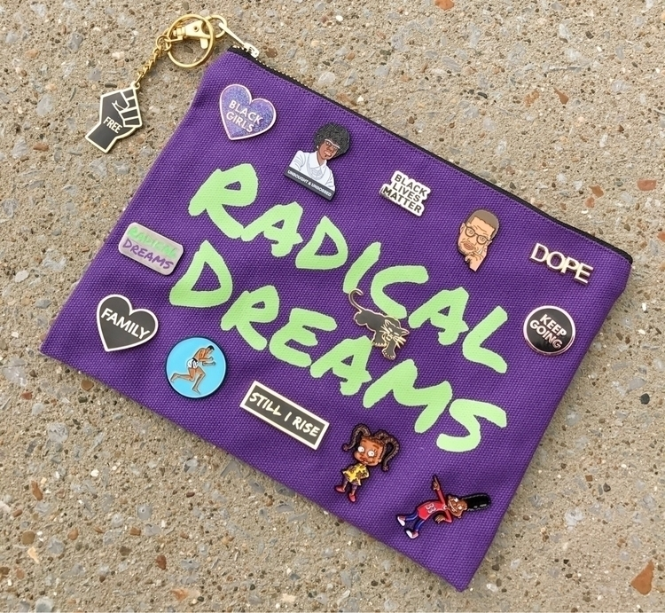 Bag lady - radicaldreamspins | ello