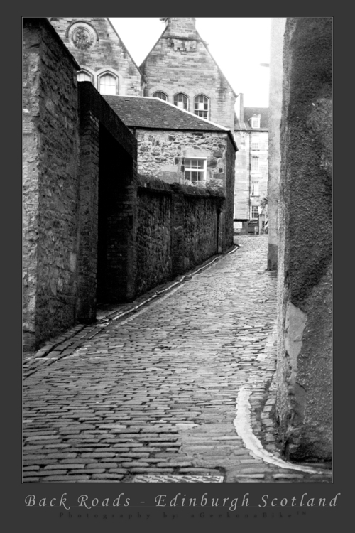 Roads - Edinburgh Alleyway Grey - ageekonabike | ello