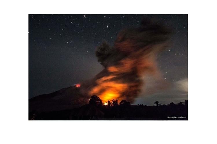 Mount Sinabung Volcano - #volcano×#photography×#eruption×#asia×#southeastasia×#indonesia×#nusantarakita - ziksky | ello