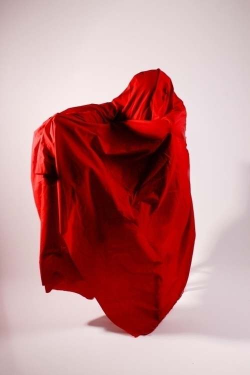 Red - Maria Hibou - rougetexture - mariahibou | ello