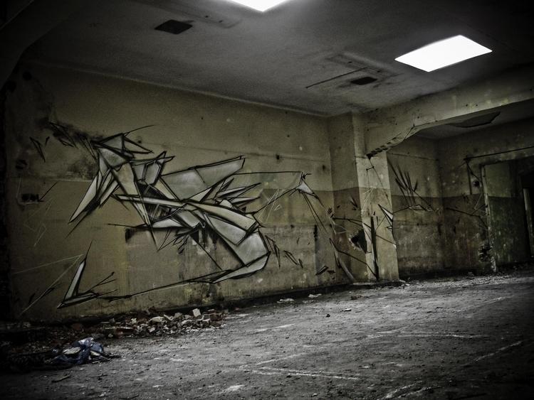 abandonendplaces - fnk-8203 | ello