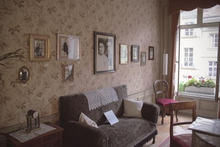 Bern | Einsteinhaus - switzerland - joanasantos | ello