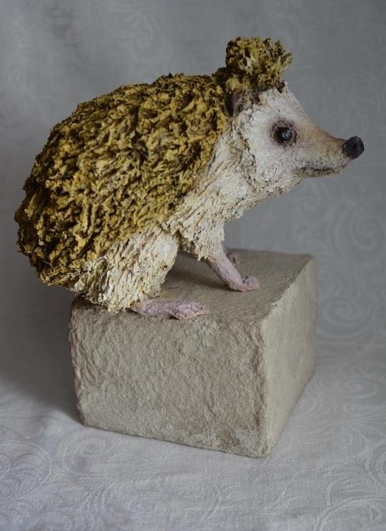HEDGEHOG - 3dart, recycledart, paperart - barakesculptor   ello