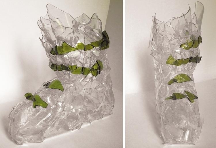 Life size ski boot, shards glas - clarisse-1174 | ello