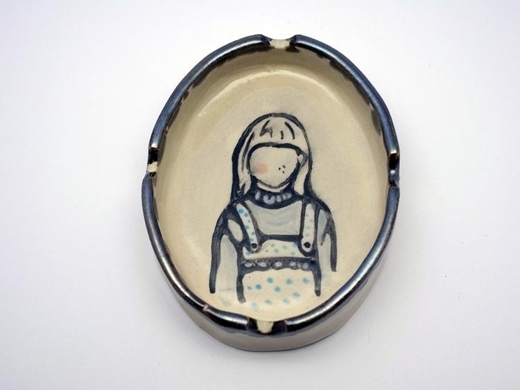 ashtray girl karo knitter - clay - karoknitter | ello