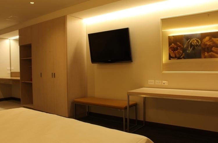 Hotel Suite 01 - interior, hotel - mrfidalgo-1386 | ello
