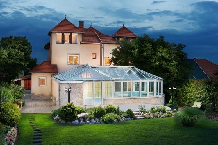 Real Estate - exterior, architecture - gergelyjancso | ello