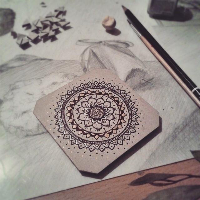 drawing, gold, golden, floral - saffiri   ello