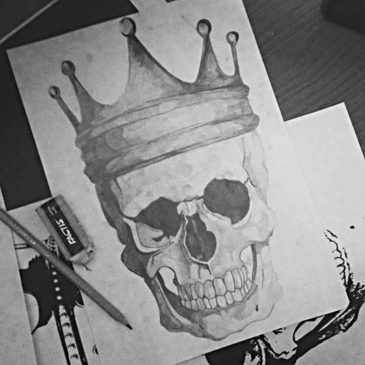Skull Crown - pencildrawing, art - seanfinlay_   ello