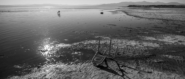 chair, Bombay Beach, California - frankfosterphotography | ello