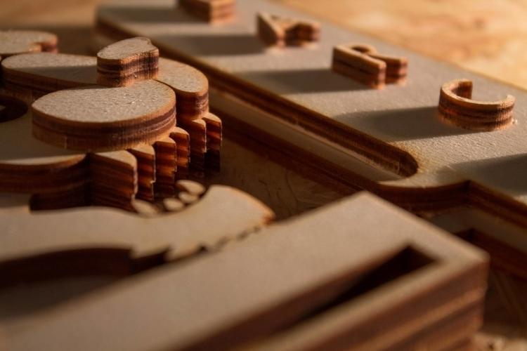 vhs pantera detail - sculpture, wood - darcomalpra | ello