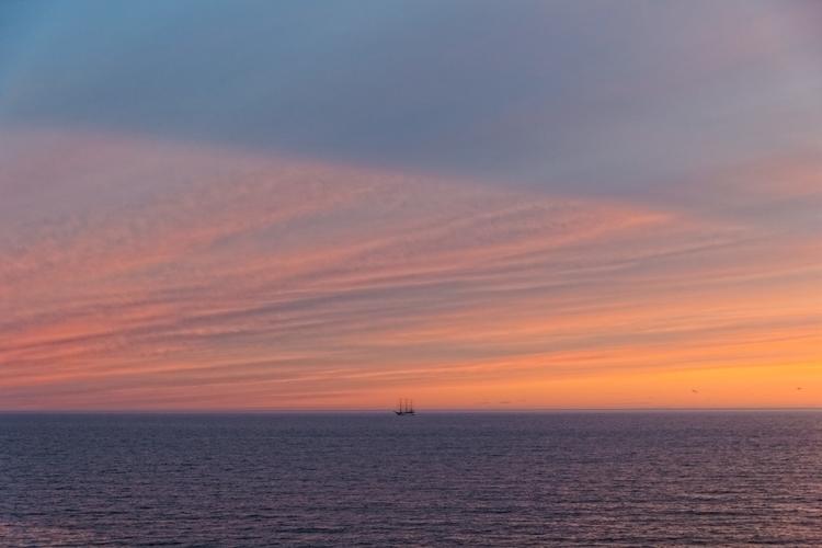 Sailboat sunset - Sailboataftersunset - captainigor   ello