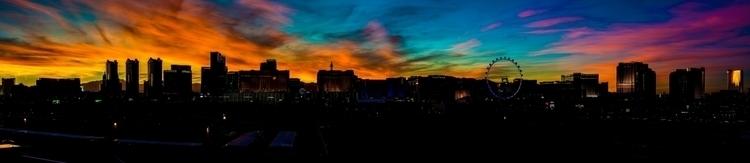 Las Vegas Night - lasvegas, strip - lichtundschatten | ello