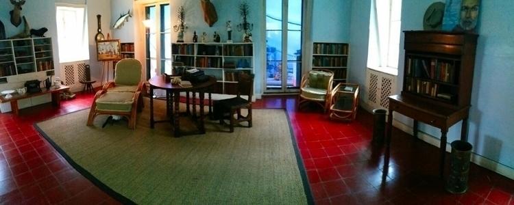 Ernestly writing room - markus_5 | ello