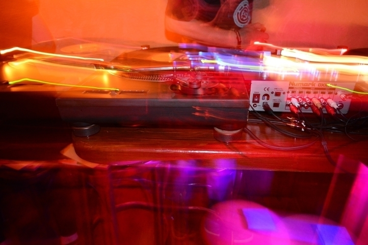 Music colors - photography, edition - mairoularissa | ello