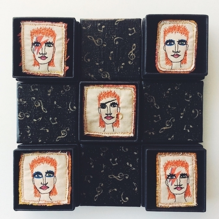 Boxed Bowies :zap:️ part shop o - alittlevintagedoll | ello