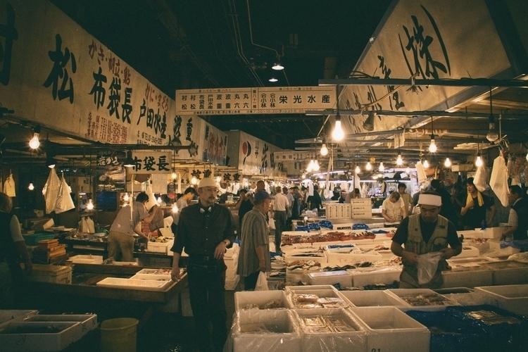 photos Tsukiji, Tokyo Japan - photography - yuyatakeda   ello