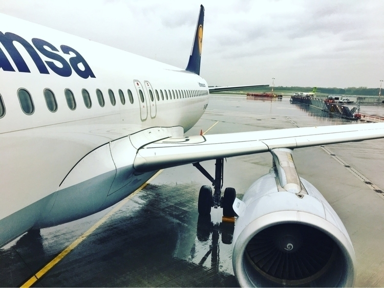 HAM :airplane:️ LH033 FRA - rowiro   ello