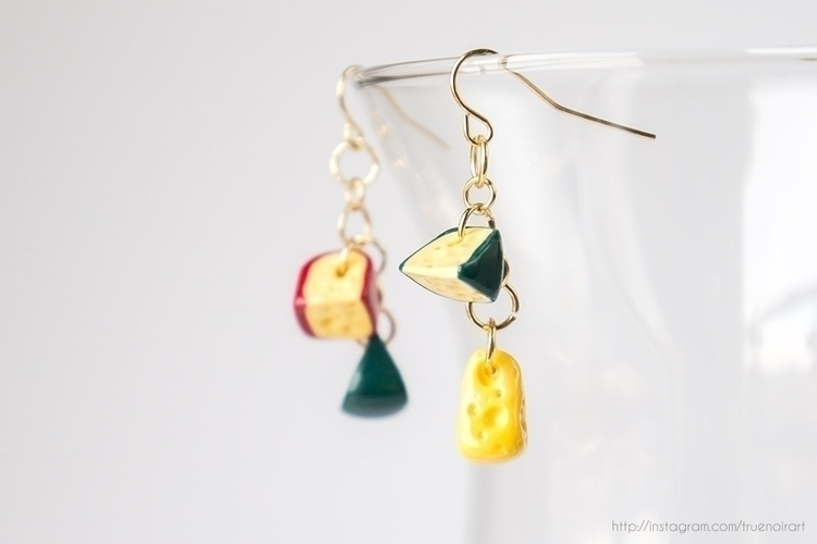 Cheese earrings shop: truenoira - truenoir | ello