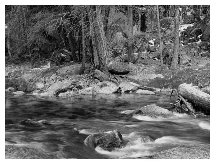 Merced River. Yosemite National - guillermoalvarez | ello