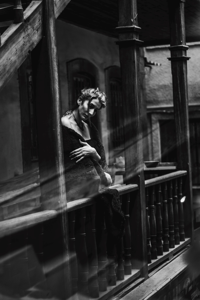 Photographer: Berta Martirosyan - darkbeautymag   ello