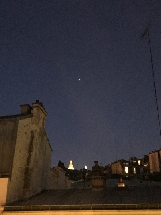 Arcturus star Paris night sky - sebau11 | ello