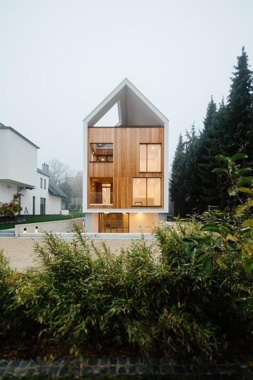 Wohnhaus Hainerweg JOP Architek - alexandreberthiaume | ello