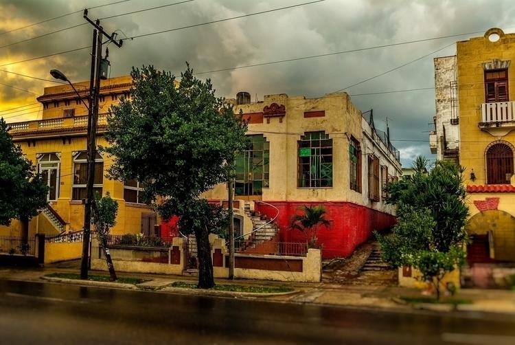 common drama - Habana, Cuba - christofkessemeier | ello