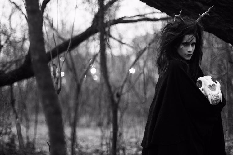 Photographer:ReflexStudio Hair - darkbeautymag | ello