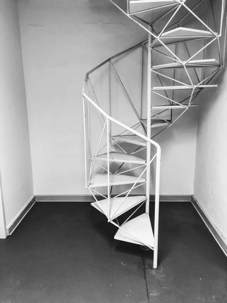 Reptile staircase - interior, architecture - gregosphere | ello
