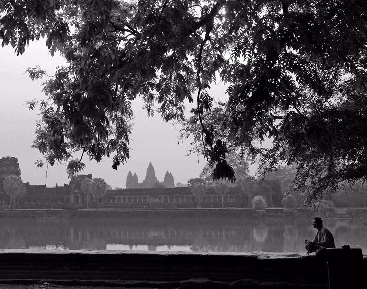 Breakfast Angkor Wat អង្គរវត្ត  - zrocool | ello